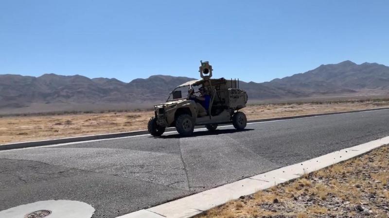 波音新型移動激光槍系統完成測試 成功防止護衛隊被無人機襲擊