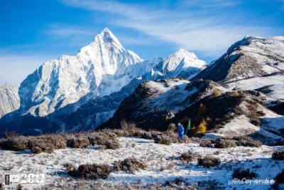 大陸 90 後攝影師撿墜崖航拍機遇難 登山專家:戶外需加倍注意安全