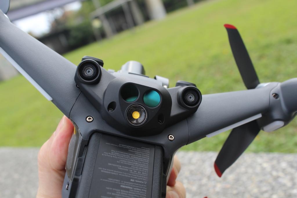 DJI FPV 無人機評測:續航 7 至 14 分鐘 飛行眼鏡圖傳清晰