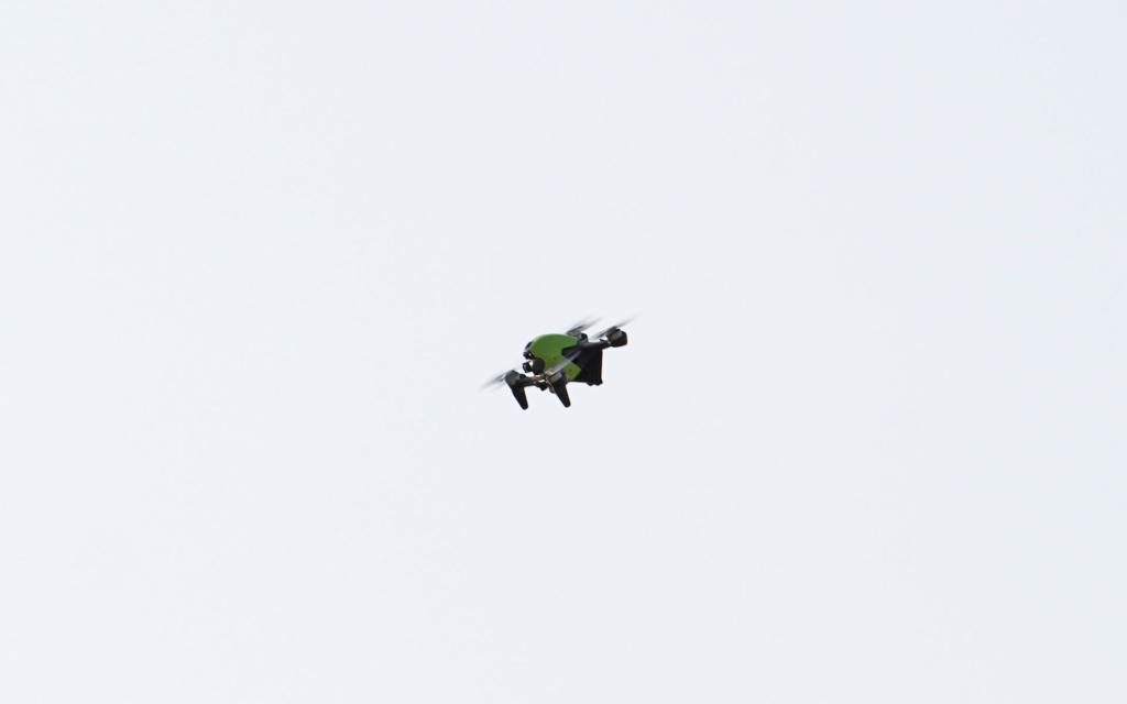 DJI FPV 評測(二):實試最大飛速達 139 km/h 一鍵煞停很強
